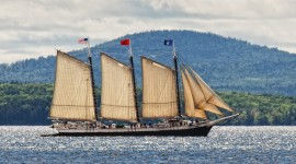 Victory Chimes under full sail (photo c. Fred LeBlanc)