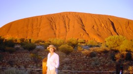 Sunrise on Uluru (Credit: MCArnott)