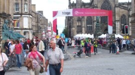 Edinburgh-festival-Fringe on the Royal Mile