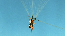 Parasailing-means-beign-connected-to-a-rope-controlled-by-a-ground-crew-Version-2