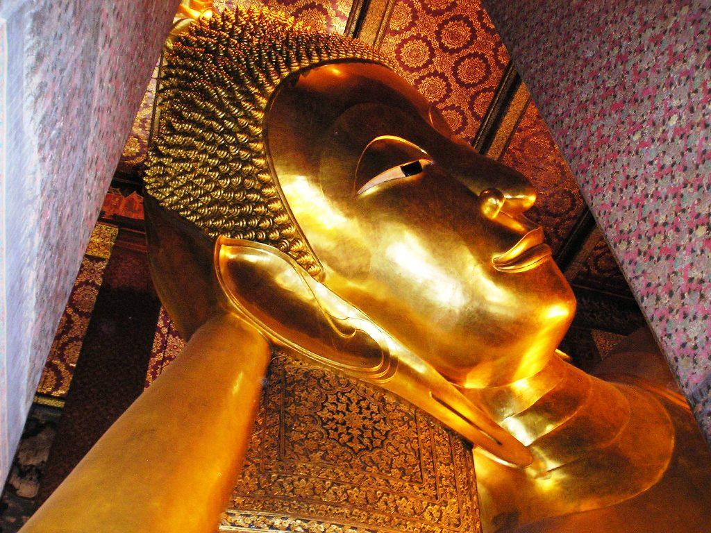 Admiring Thailand's Largest Reclining Buddha in Wat Pho ...