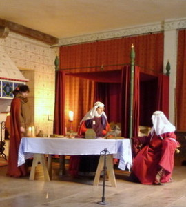 Sharing a story with the Queen in the Mediaeval Palace at the Tower of London (Photo credit and copyright Jill Browne)