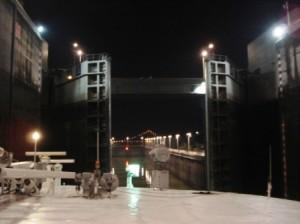 Going through the locks at the dam. (Photo credit Ann Burnett c 2013)
