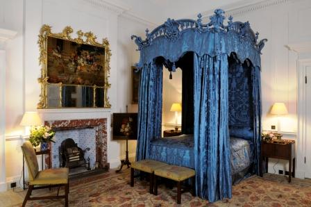 Chippendale's Four-Poster Bed (photo credit Dumfries House c2013)