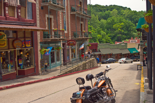 Crooked streets in downtown Eureka Springs