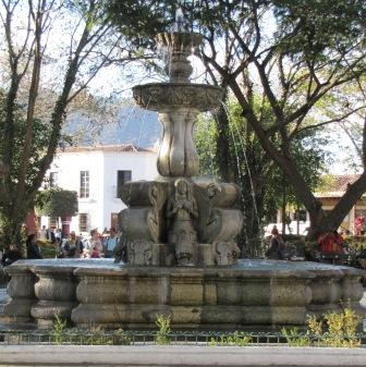 Fountain of Mermaids in Parque Central