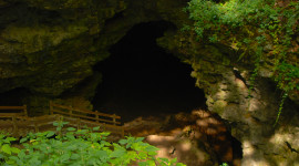Dance Hall Cave at Maquoketa Caves State Park (Sandra Friend)