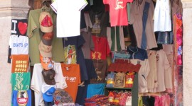 Souvenir Stand on 5th Avenida