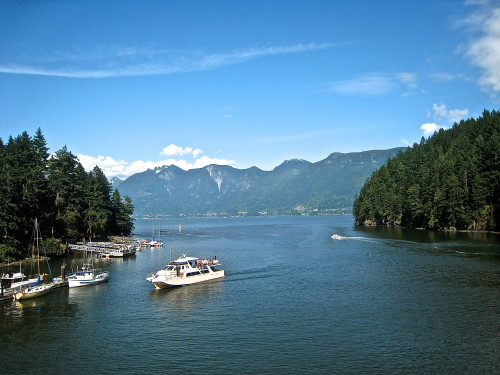 Entering Snug Cove Harbour on Bowen Island (Photo: MCArnott)