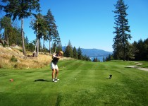 Hole #9 at Bowen Island golf course with views of the North Shore Mountains and the Straight of Georgia in the background (Photo: MCArnott)