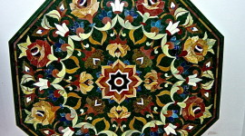 example of pietra dura work at Shubash Emporium in Agra (Photo by MCArnott)